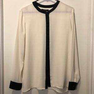 Beautiful cream and black Banana Republic blouse